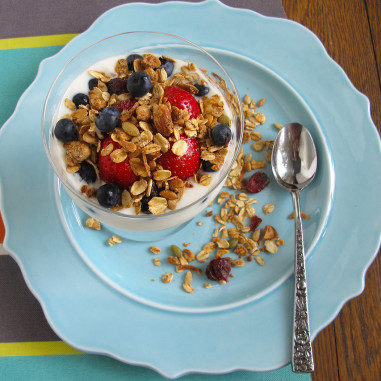 Lesley's Granola in a Yogurt Parfait