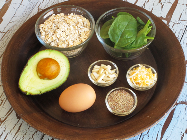 Ingredients for Egg, Avocado and Spinach Oatmeal Breakfast Bowl