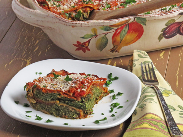 Lasagna is the ultimate comfort food and this Vegan Spinach & Vegetable Lasagna is no different!