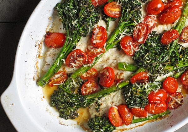 Easy Broccolini Flounder Bake - a recipe that is easily adjusted according to whatever type of white fish your family likes or is on sale this week!